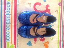 Cherokee blue holiday shoes new in Bolingbrook, Illinois